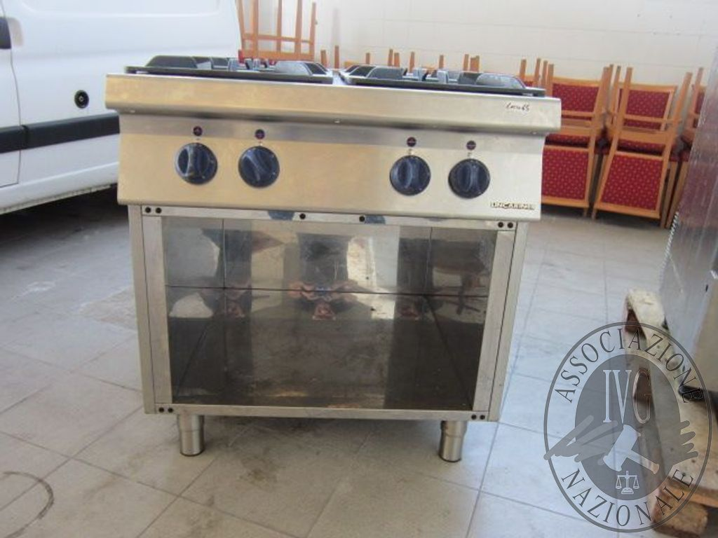 Cucina professionale a gas a 4 fuochi vano aperto marca LINCAR ...