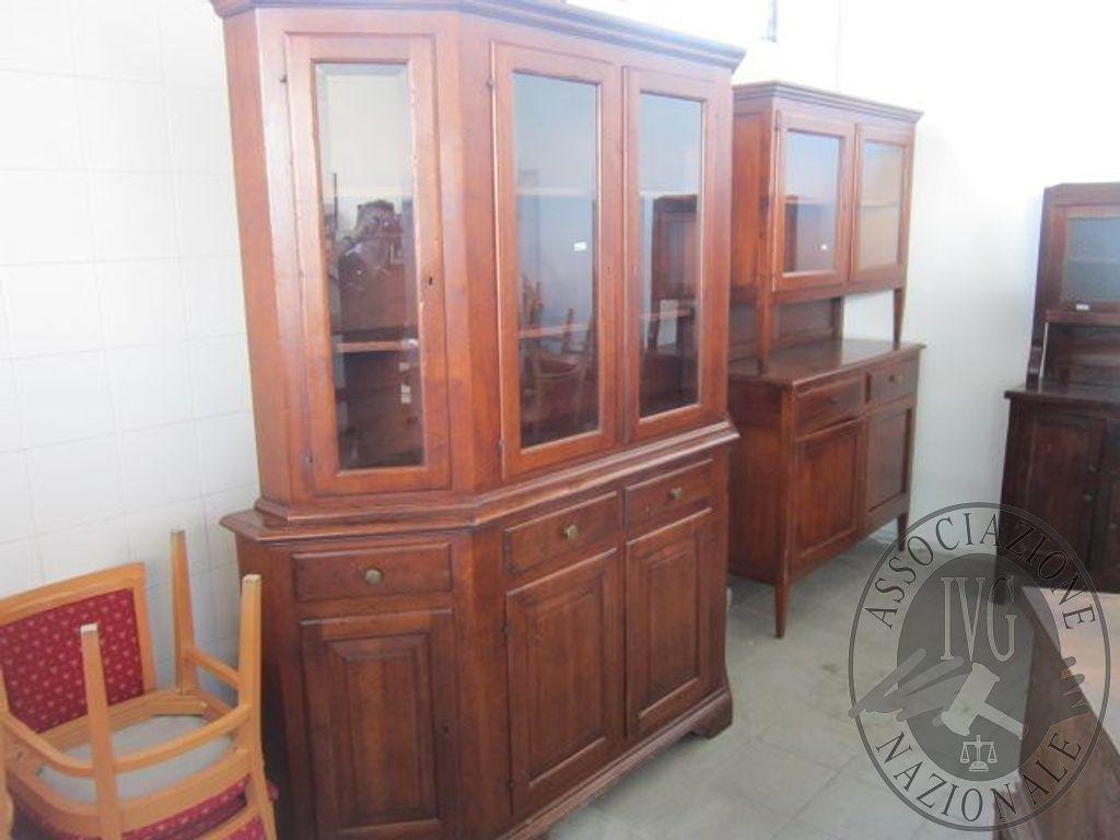 Credenza Con Alzata Due Ante : Credenza in legno con alzata ante e cassetti dimensioni