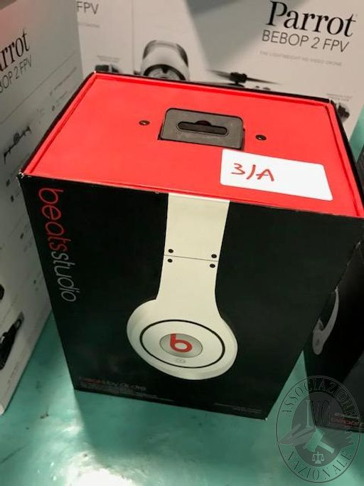 Lotto 3/A: n. 1 cuffia marca Beats studio
