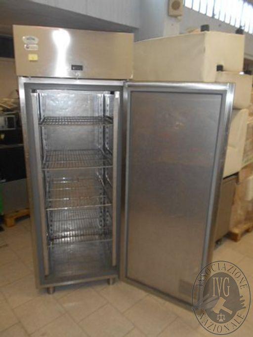 Mobile frigo in acciaio EverLasting a 1 anta 200x80x80 circa
