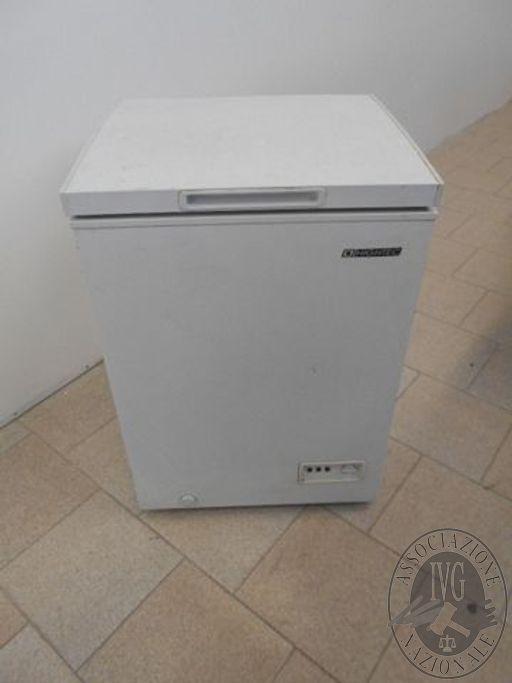 Congelatore a pozzetto bianco marca Hightec da 140litri