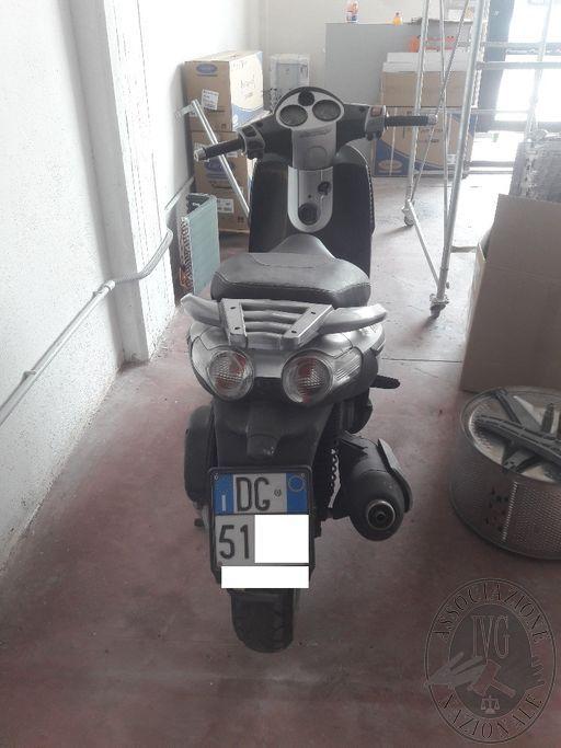 MOTOCICLO PIAGGIO TARGATO DG51... (BENE CUSTODITO NON IN SEDE I.V.G.)