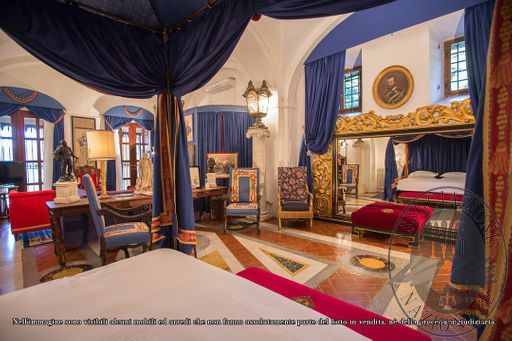 Suite_Duke_of_Genoa_-_papal_villa_-_3.jpg