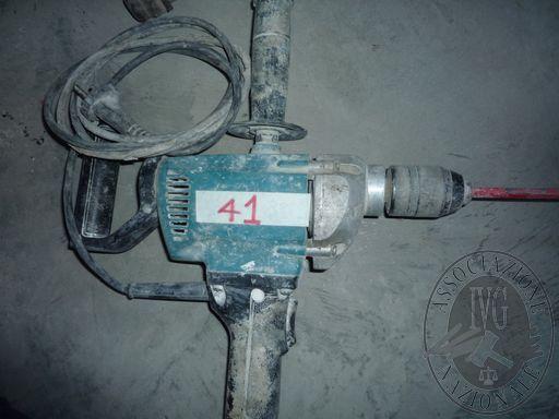 RF1915_40-2.JPG