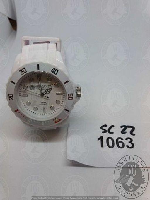 RF93217_7-164.jpg