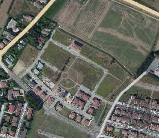 Piena proprietà di undici lotti di terreno edificabile in Reggiolo (RE)