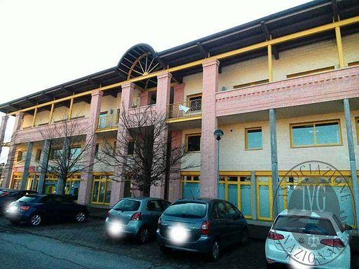 Ufficio al piano secondo al grezzo in Reggiolo (RE)