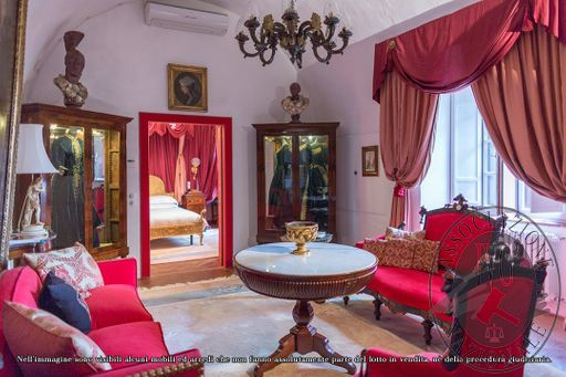 Suite_Maria_Carolina_-_papal_villa_-_5.jpg