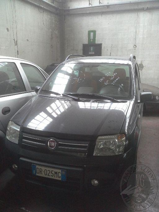 Fall. S.T.F. Spa n. 373/2018 - Autovettura Fiat Panda 4x4  tg. DR025MG