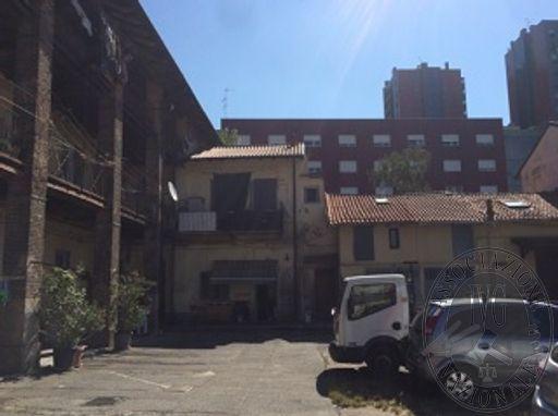 RGE 2605/17 - MILANO - Via Bovisasca 70