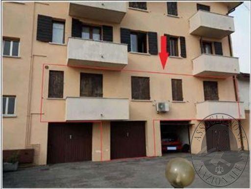 Lotto unico: appartamento in Spresiano (TV)