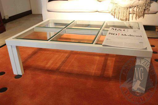 Rif 301 ZONA 5 QTA1 Tavolino in legno laccato bianco e piano in cristallo