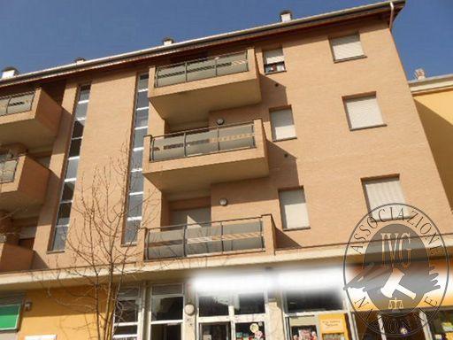 Appartamento al terzo piano con autorimessa in Carpi (MO)