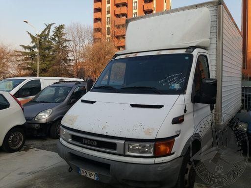 Fall. La Mediterranea Srl n. 840/2018 - Autocarro Fiat Iveco 35C15A  tg. CB978PY, con sponda idraulica