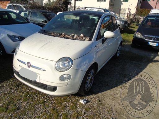 24- FIAT 500 17719*