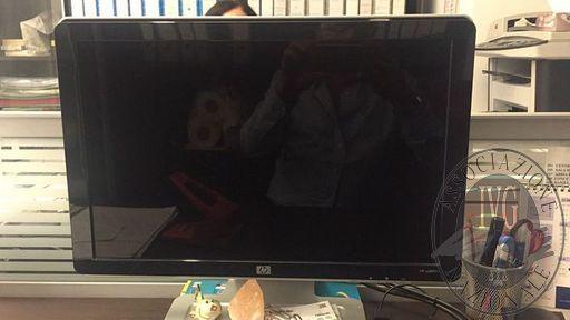 N.3 PC HP COMPLETITV PHILIPS SCHERMO PIATTO 40' CIRCAPLOTTER OCE' 5200