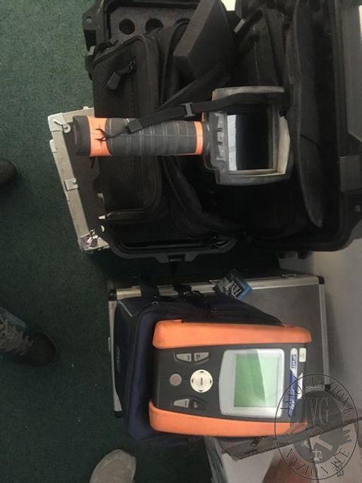 Lotto n.44 termocamera per test panneli fotovoltaici HT, abbinata a tester HT I-V 400