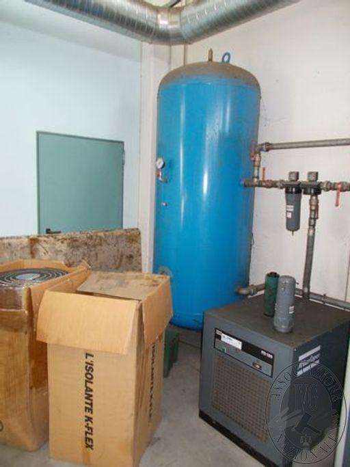Compressore rotativo ATLAS con serbatoio ed essicatoio