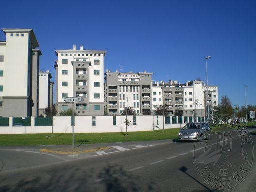 535 - Via Lombardia-Fermi.JPG