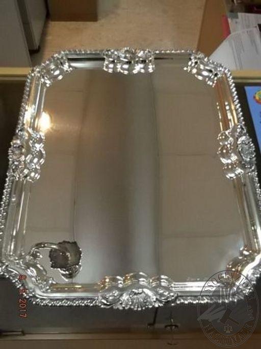 Vassoio d'argento