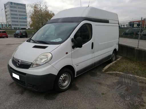 Autocarro Opel VIVARO VAN L2H2 AUTOMATICO2,5TDI
