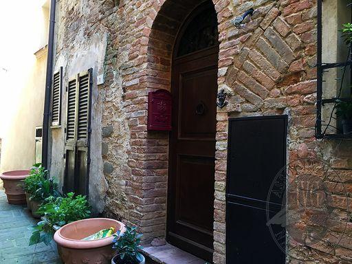 ingresso vicolo Pecorai.JPG