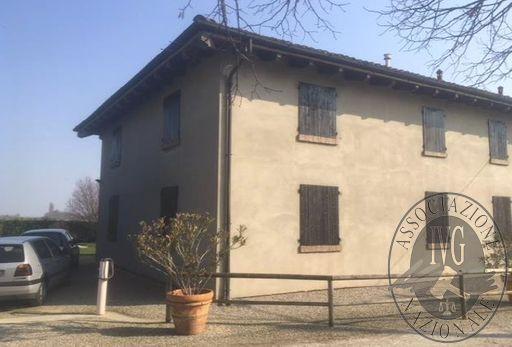 San Pietro in Casale (BO) Via Cenacchio, 17 - appartamento