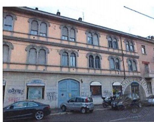 RGE 244/14 - MILANO - Via Pellegrino Rossi 98