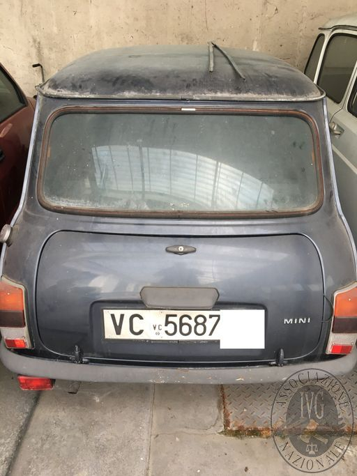 VC 5687--.jpg