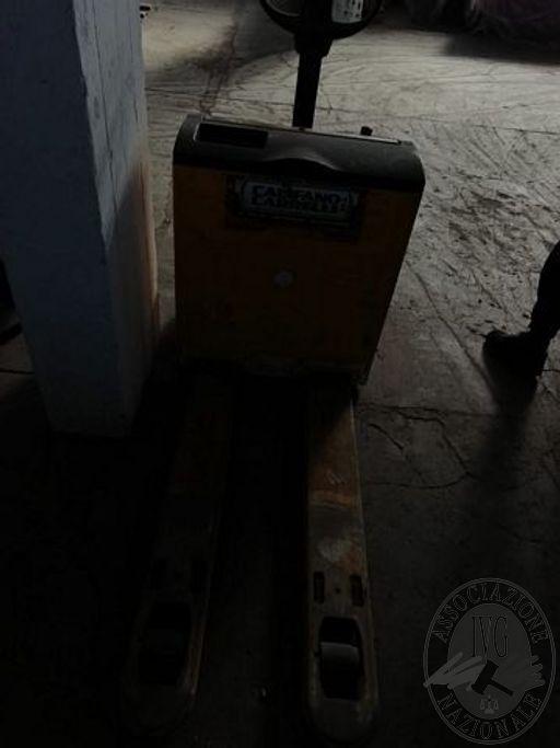 RM10217_8-22.jpg