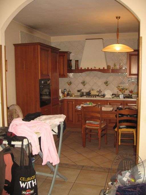 2-Ingresso-cucina (piano terra).JPG