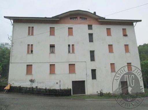 Lizzano in Belvedere (BO) via Della Badia, 13 - località Vidiciatico - frazione Chiesina