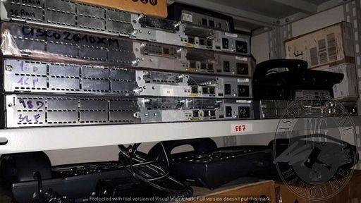 LOTTO UNICO COMPOSTO DA 1.200 ARTICOLI QUALI APPARECCHIATURE ELETTRONICHE ED INFORMATICHE (MONITOR, WLAN,CISCO,SERVER, ETHERNET ROUTER,PC CARD,MODULAR ROUTER, ADSL ROUTER,CONNETTORI,BLACKDIAMOND,PORT GIGABIT).  IL TUTTO MEGLIO DESCRITTO NELL'INVENTARIO DI