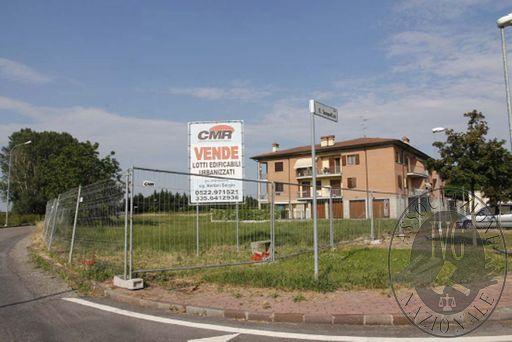 Piena proprietà di lotti di terreno edificabile in Reggiolo (RE)