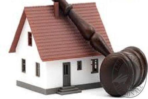 come-partecipare-ad-unasta-per-comprare-casa_abb6ed43ab40e84b84b0033a38e83bc9.jpg