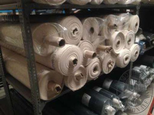Lotto 3: n. 10 rotoli di tessuto Ripstop 100% cotone. (dichiarati mt.120 circa di tessuto per ciascun rotolo).