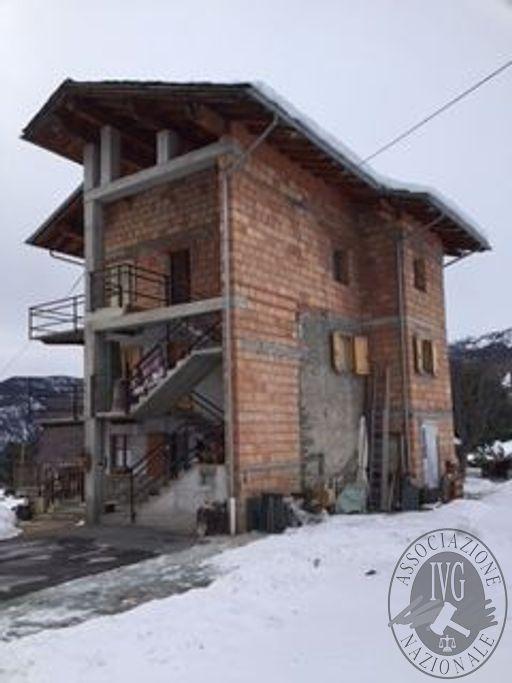 Fabbricato  di civile abitazione nel Comune di Antey Saint Andre'