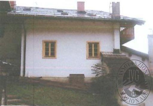 LOTTO 4: Appartamento ristrutturato in Falcade (BL)
